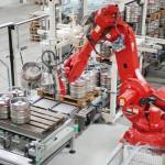 ビール会社の出荷量が4倍...ドイツ中小企業のロボット導入進む
