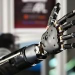 ロボットの皮膚を作れ!光センサーでセンシング機能を高める