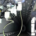 高所や狭い建物内で作業するロボット・クロック(CROC)