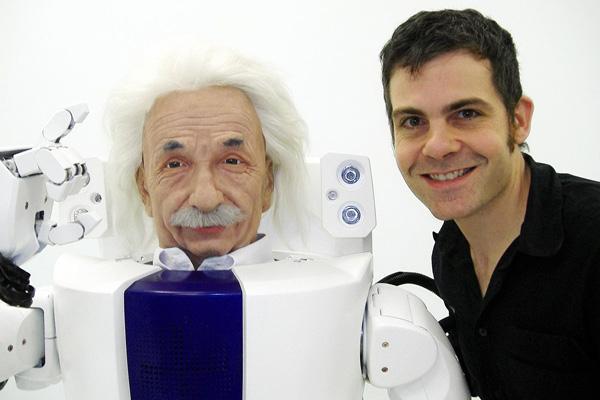 デビットハドソン_アインシュタインロボット