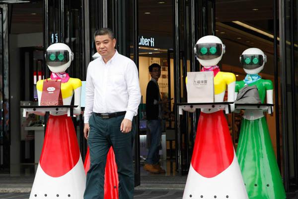 中国秘書ロボットとデート3