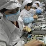 フォクスコンが工場をロボット化...6万人分の雇用削減へ