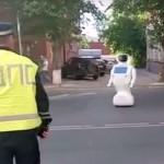テスト中のロボットが脱走、約30分暴走し警察に捕まる
