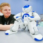 進む医療現場への導入…ソーシャルロボットが痛みを和らげる