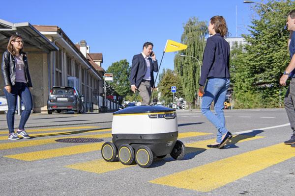 配達ロボット_スイスポスト_スターシップテクノロジー