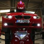 BMWがロボットに変身!!リアルトランスフォーマー誕生