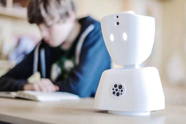 ロボット_授業に参加