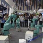iPhone7生産のフォクスコンが産業用ロボットを4万台導入