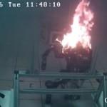 NASAのヒューマノイドロボット「ロボシミアン」爆発..原因はリチウムイオン電池!?