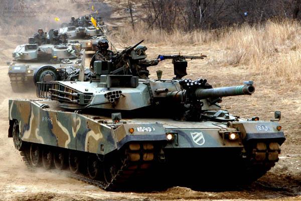 韓国軍_ウェアラブルロボット