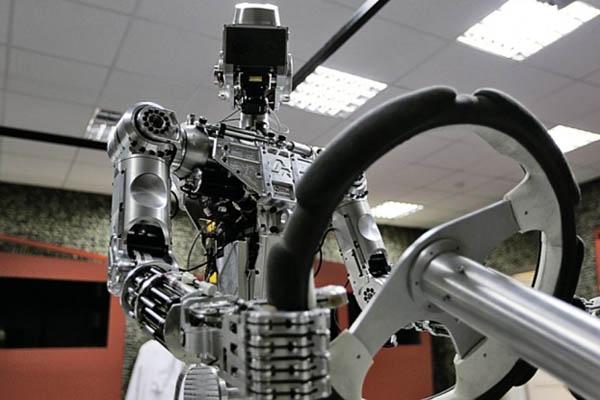 ロシア警備ロボット_キラーロボット