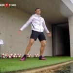 C・ロナウド選手がサッカーボールでドローンを撃墜「ドヤッ!」