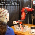 人間と機械がテレパシーで作業!? MITとボストン大学が脳波でロボットを制御するシステム開発中
