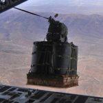 米海軍「使い捨て」ドローン開発..戦闘員への補給品輸送に活用か