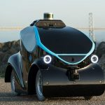 不審者を徹底的に追跡「無人警備車両」が登場…ドローン搭載型も
