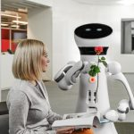 DARPAがロボットにマナーを教える計画を始動...「人間との共生に規範習得が必須」