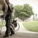 次世代リハビリ用ロボット「RYSEN」身体情報を伝達しスマートに歩行を補助
