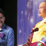 AIロボット・ソフィアの生みの親「ロボットに人格と権利を認めるべき」...量産構想も