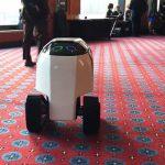 米オレゴン州の田舎町で働く配達ロボット「DAX」...小さな町に投入した開発者のビジョン