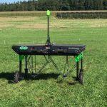 AI搭載した雑草除去ロボットが登場...太陽光で自律的に駆動