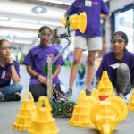 女性たちはロボット工学分野で過小評価されている...米団体関係者が指摘
